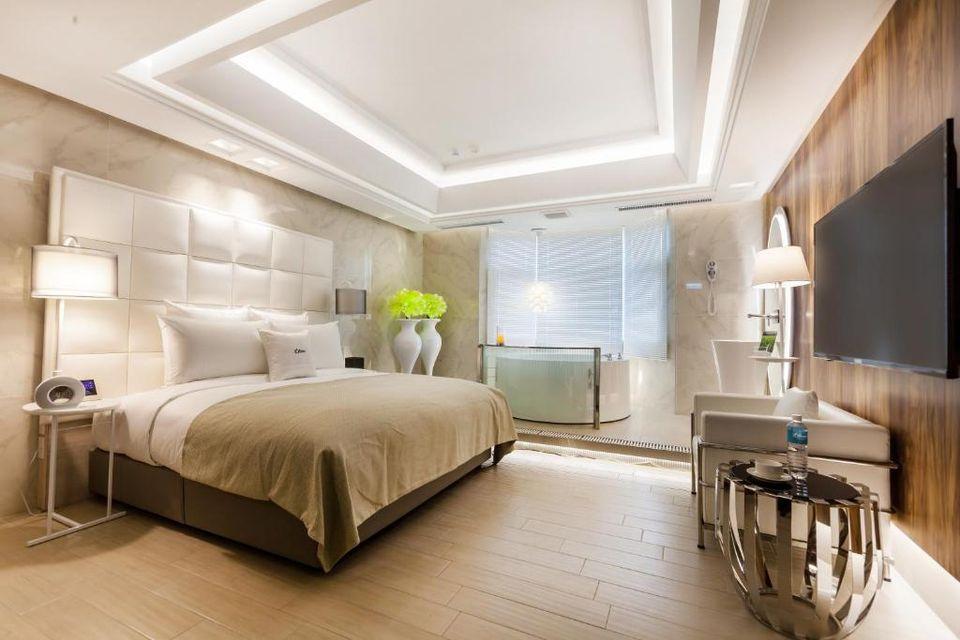 桃園汽車旅館-超平價桃園motel-六星-桃園館